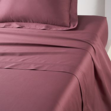 Yves Delorme Triomphe Grenade Flat Sheets