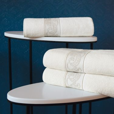 Yves Delorme Bel Ami Ivoire Towels